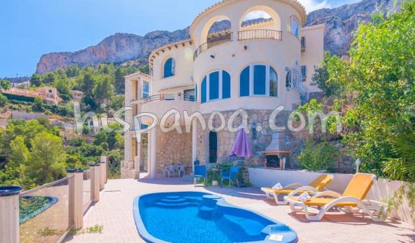Villa with pool and terrace Calp
