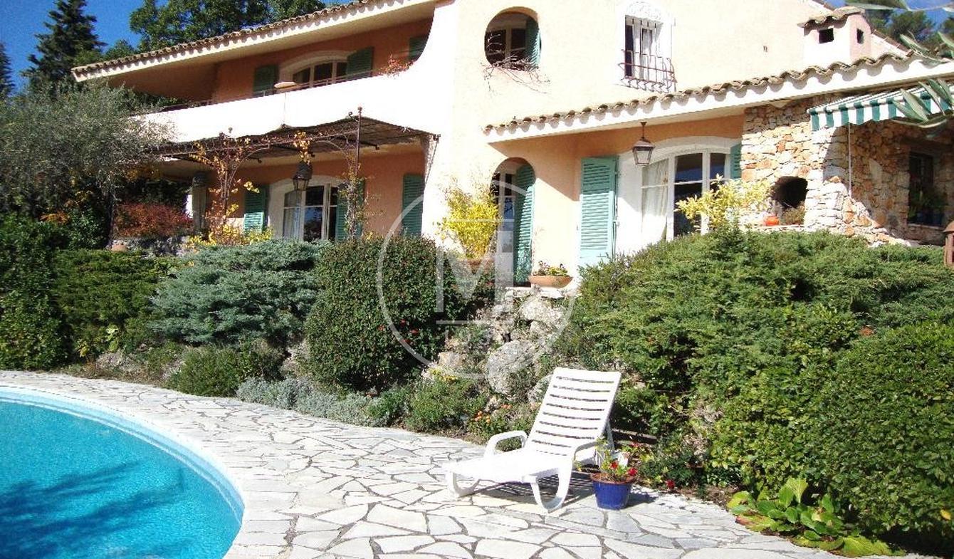 Maison avec piscine Saint-Cézaire-sur-Siagne