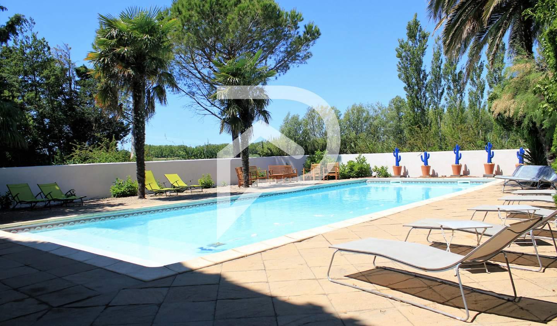 Maison avec piscine L albaron
