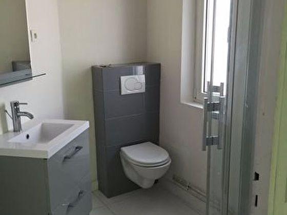 Location studio meublé 18,35 m2