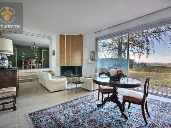 Vente propriété 11 pièces 362 m2