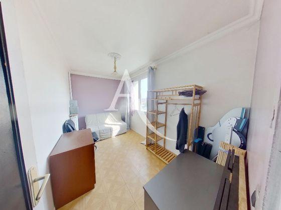 Location appartement meublé 4 pièces 65,79 m2