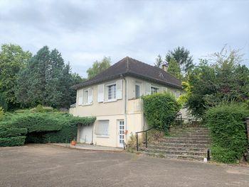 villa à Neuvy-Sautour (89)