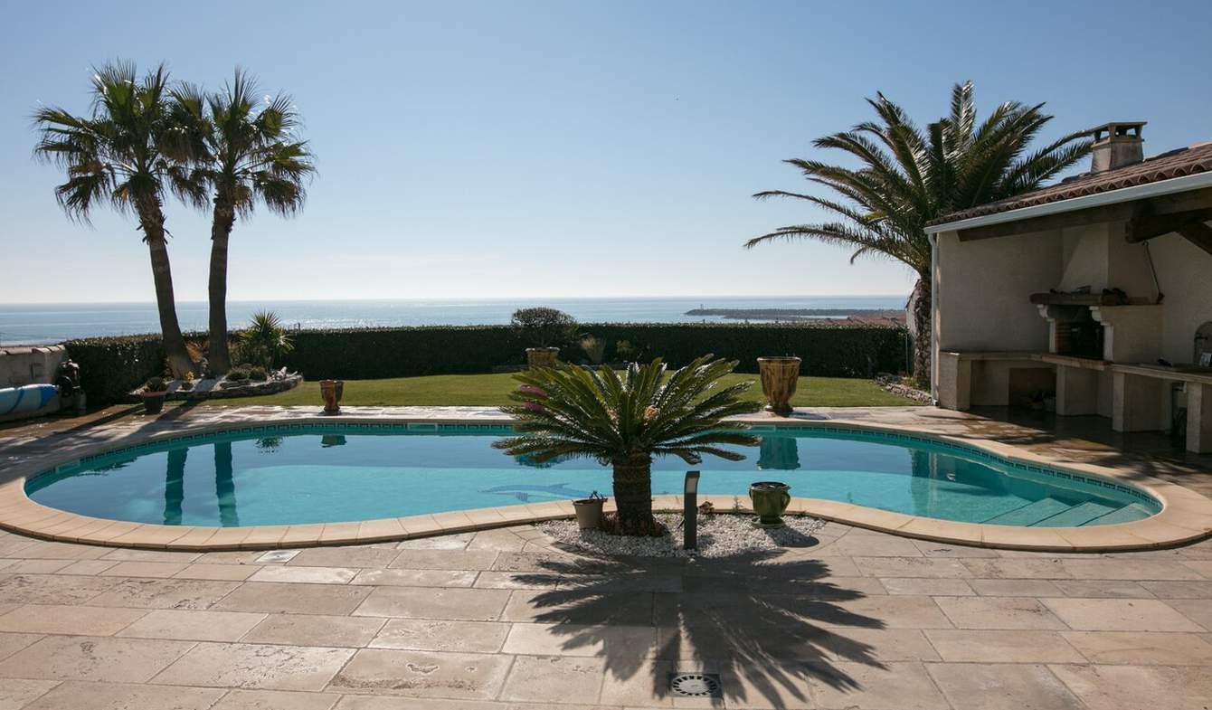 Maison avec piscine et terrasse Saint pierre la mer