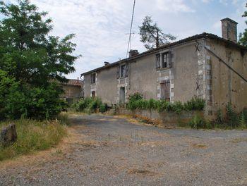 maison à Ménigoute (79)