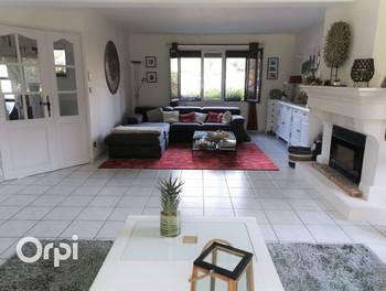 Maison 7 pièces 160,57 m2