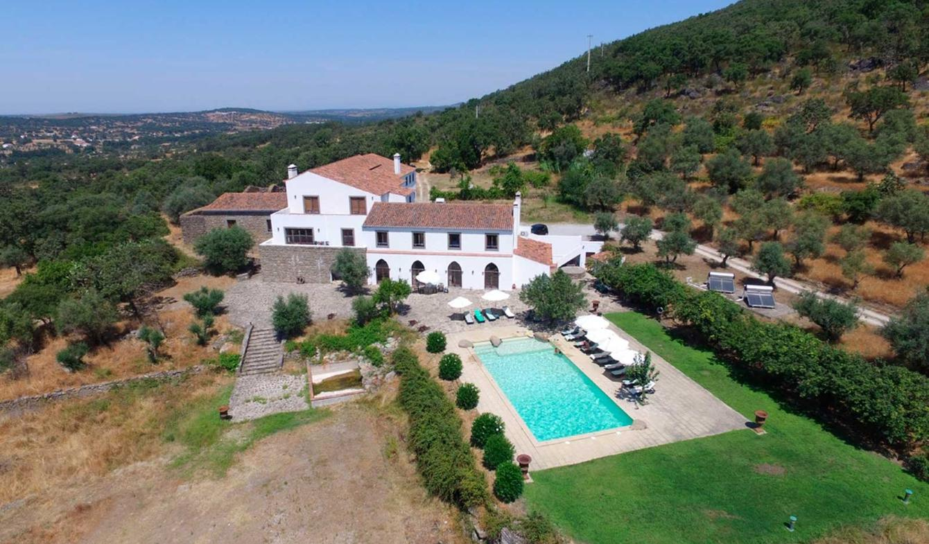 Property with pool and garden Portalegre