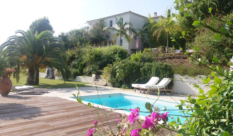 Contemporary house with pool and garden SANTA LUCIA DI MORIANI