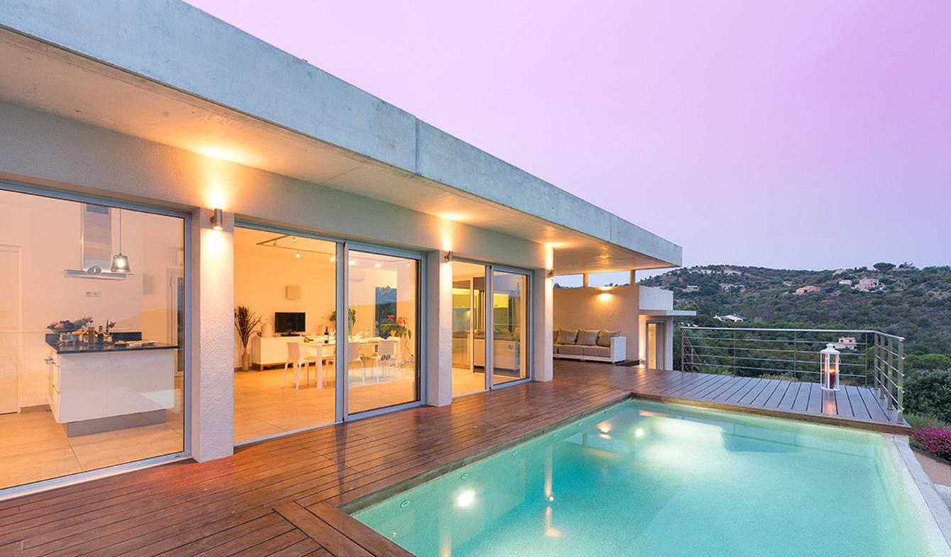 Villa with pool and garden Propriano