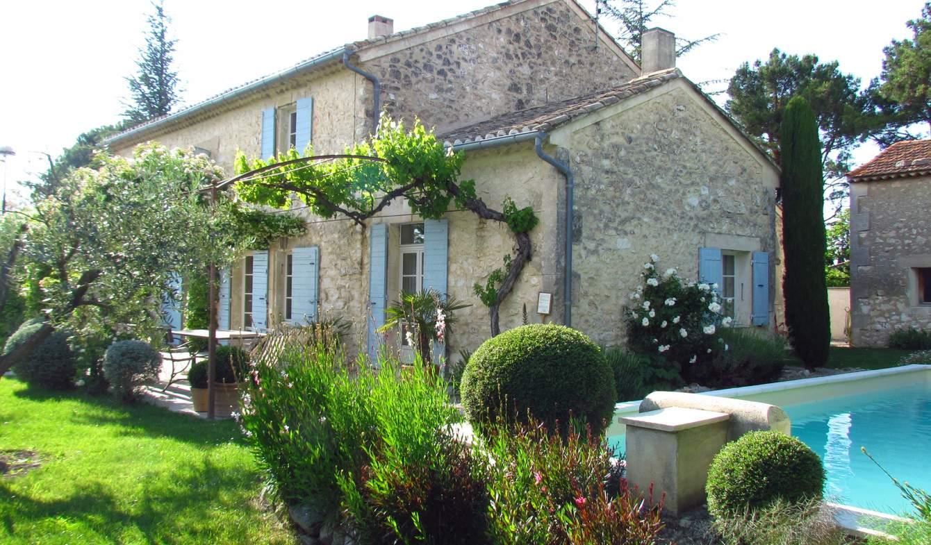 Maison avec piscine et jardin Mollégès