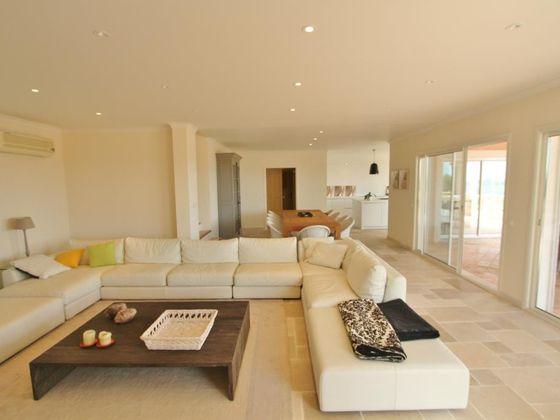 Vente villa 8 pièces 320 m2