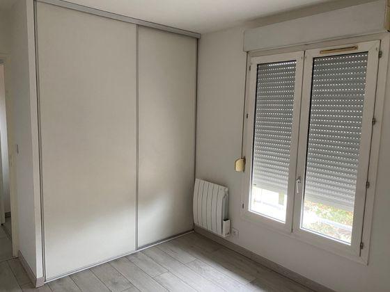 Location appartement 3 pièces 69,69 m2