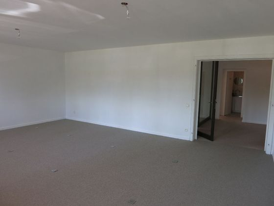 Location divers 4 pièces 120 m2