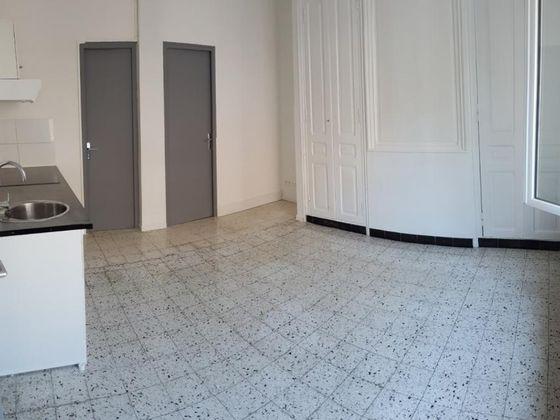 Location studio 21 m2