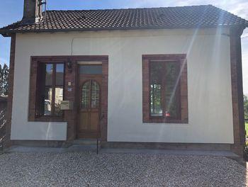 maison à La Chapelle-d'Angillon (18)