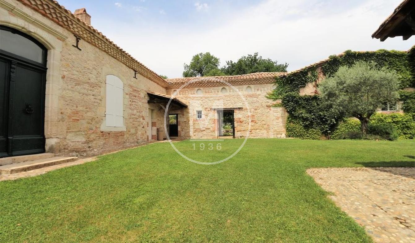 Maison avec piscine et terrasse Castelsarrasin