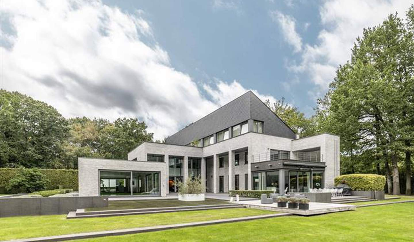 House with pool and terrace Brasschaat