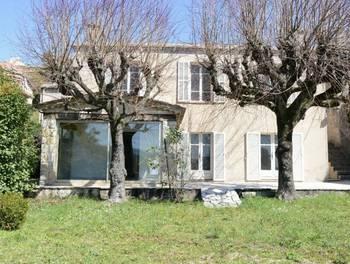 Maison 9 pièces 219,3 m2