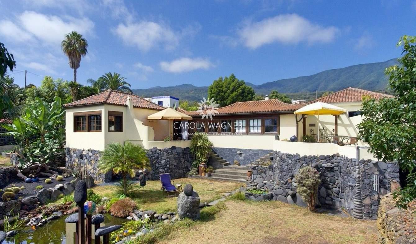 Villa with terrace Breña Baja