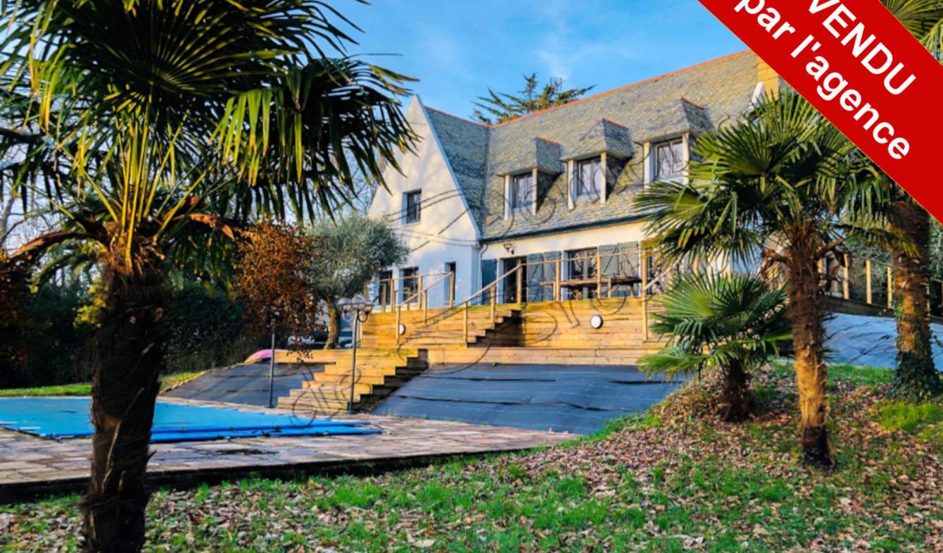 Maison avec piscine et terrasse Quimper