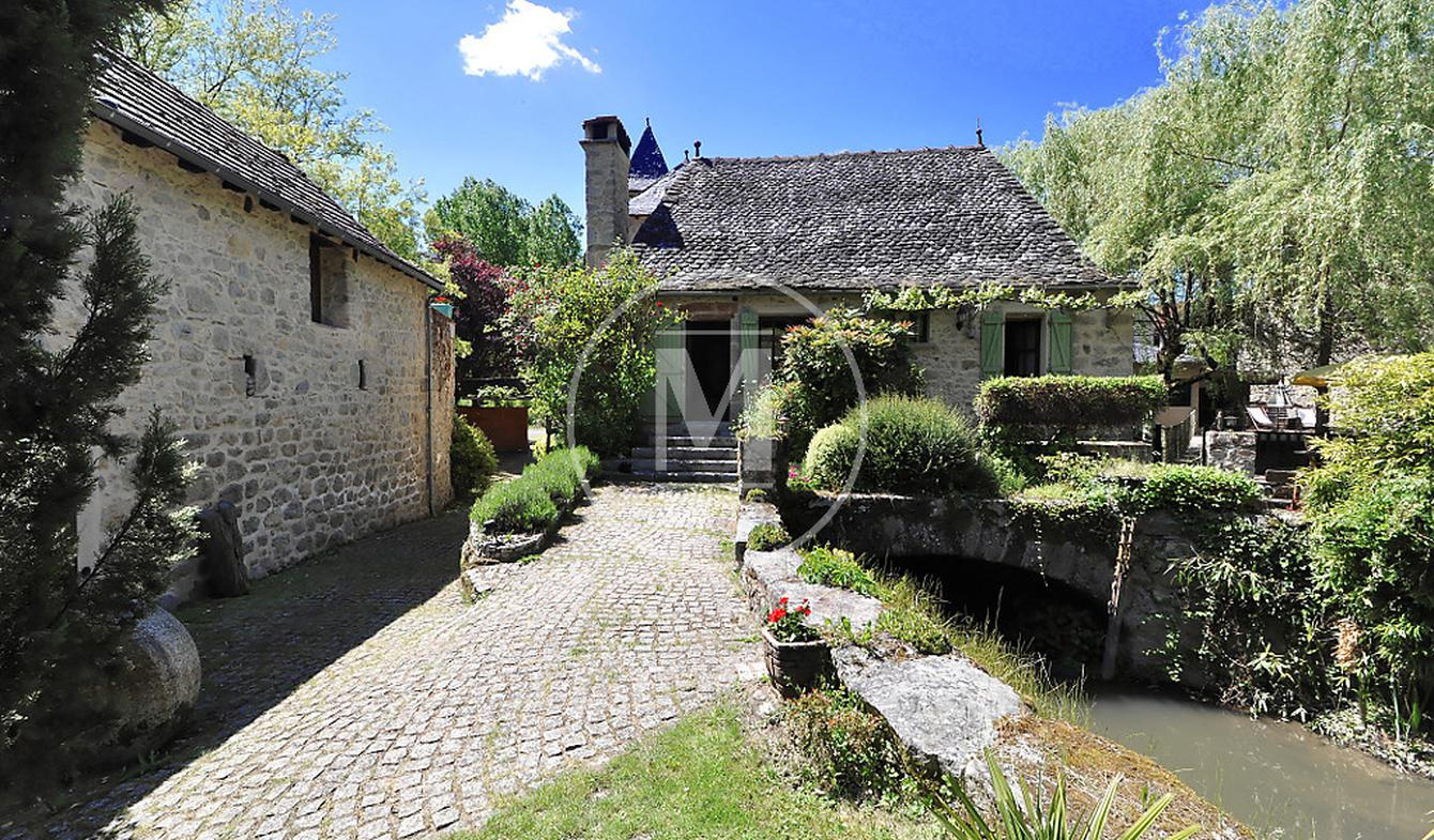 Maison avec piscine et terrasse La Fouillade