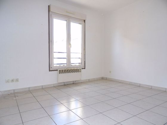 Location appartement 3 pièces 33 m2