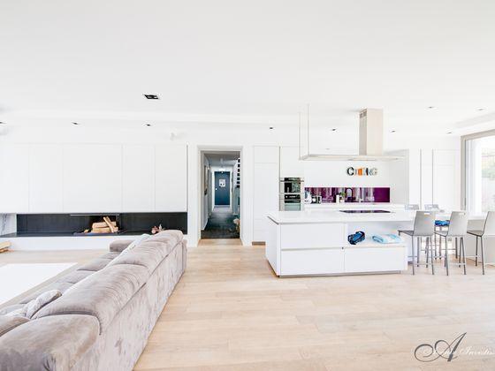 Vente maison 6 pièces 278 m2