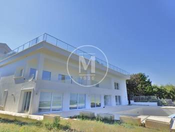 Villa 9 pièces 752 m2