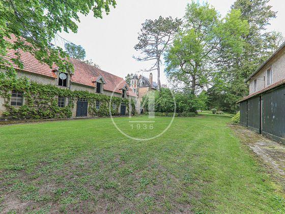 Vente château 23 pièces 700 m2