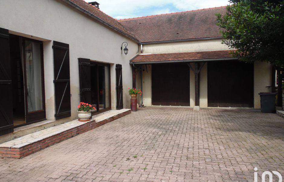 Vente maison 5 pièces 220 m² à Noisy-Rudignon (77940), 338 441 €