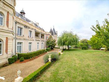 appartement à Saint-Benoît-la-Forêt (37)
