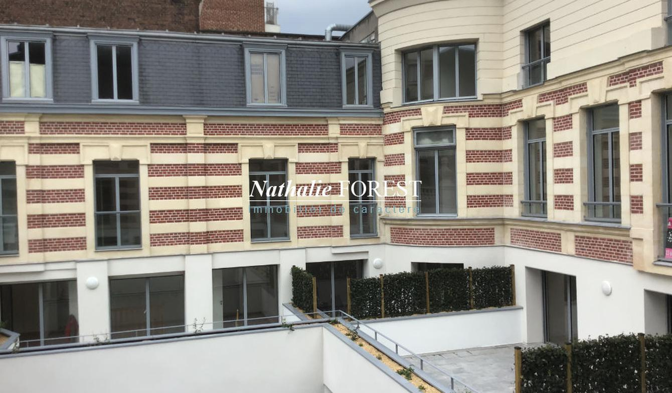 Apartment with terrace Lille
