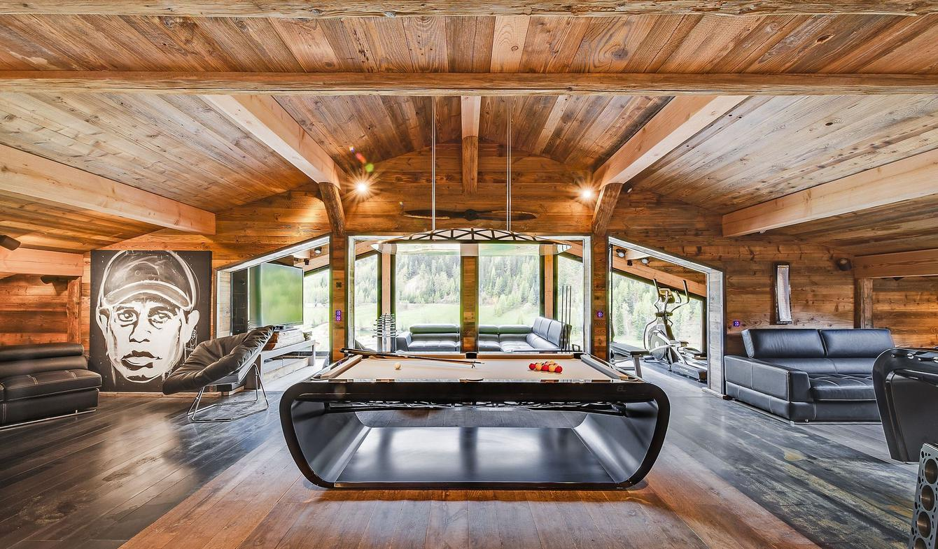 Chalet with pool Tignes