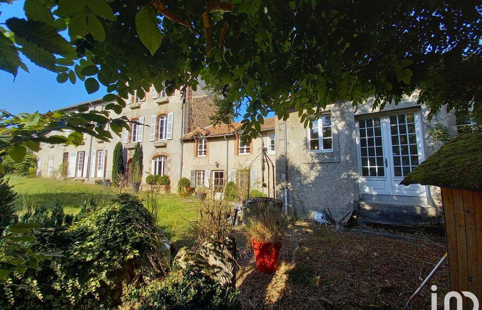 Vente maison 10 pièces 285 m² à Saint-Victurnien (87420), 416 000 €