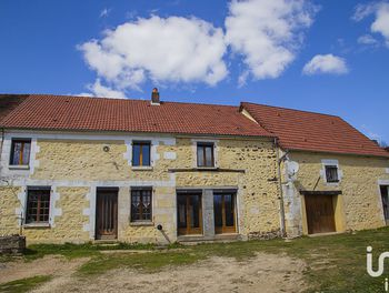 maison à Saint-Sauveur-en-Puisaye (89)