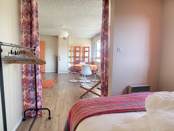 Location appartement meublé 2 pièces 49,18 m2