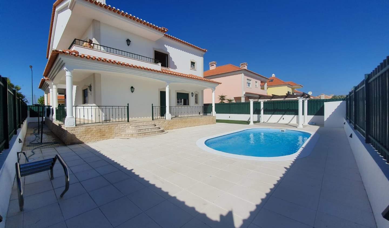 House with pool Atalaia
