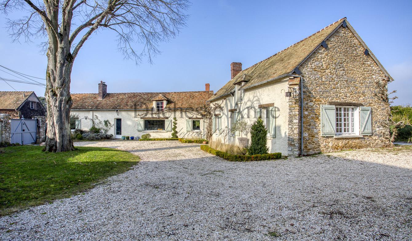 Maison avec piscine et terrasse Saint-Léger-en-Yvelines