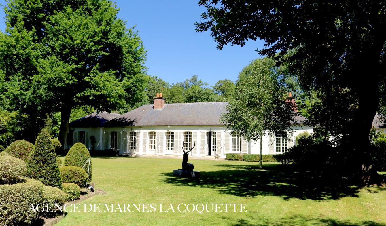 Maison avec piscine et terrasse Marnes-la-Coquette