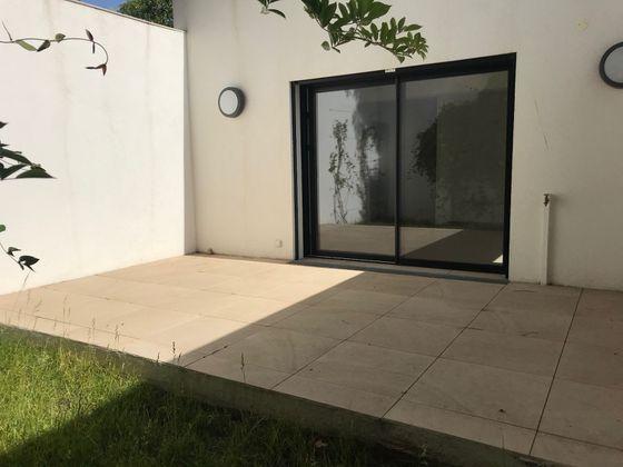 vente Appartement 3 pièces 63,9 m2 Aix-en-Provence