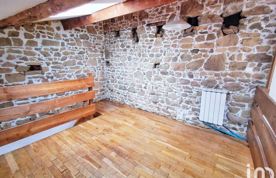 Vente maison 3 pièces 120 m² à Oradour-Saint-Genest (87210), 55 000 €