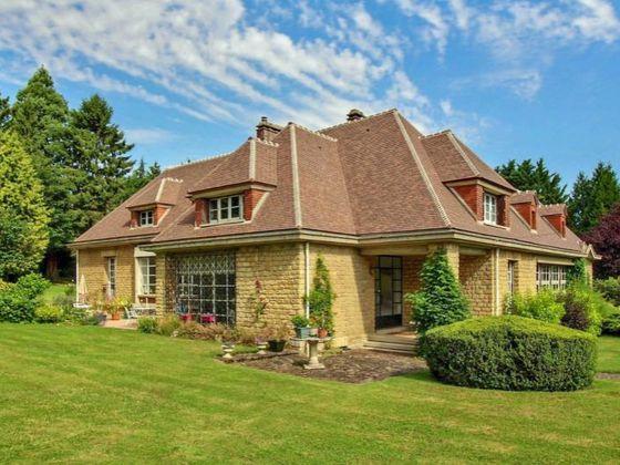 Vente maison 12 pièces 367 m2