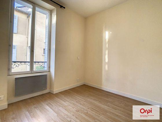 Location appartement 2 pièces 30,9 m2