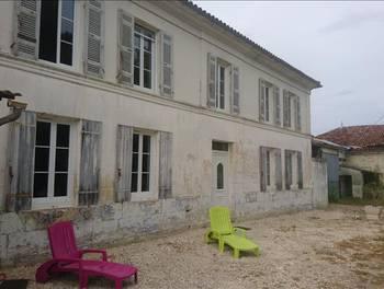 Maison 8 pièces 323 m2