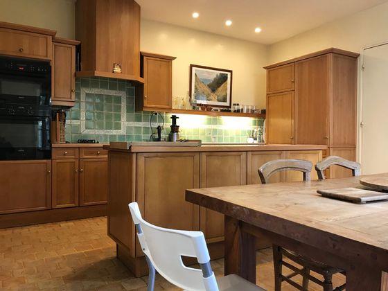 Vente maison 12 pièces 476 m2