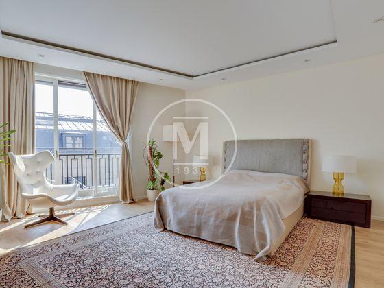 Vente appartement 5 pièces 235 m2