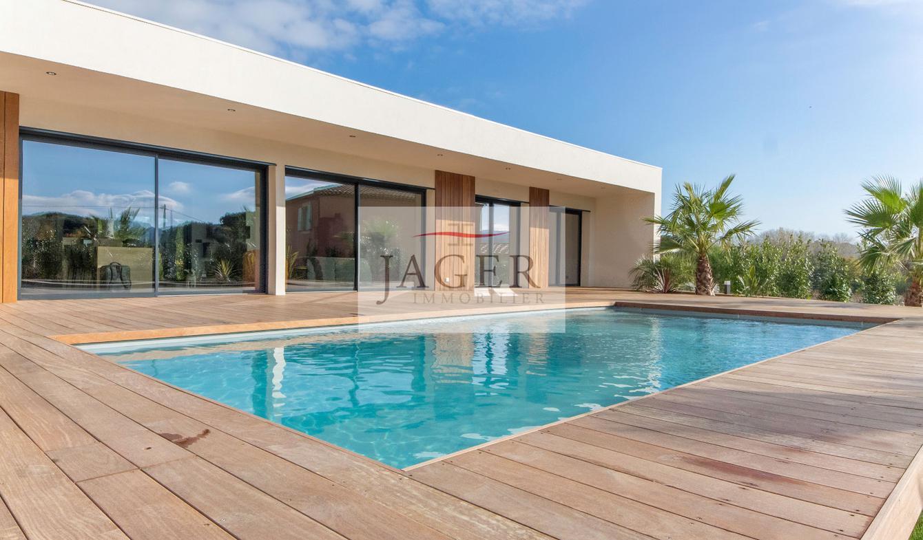 Maison avec piscine et terrasse Cogolin