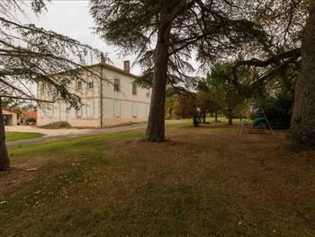 Maison 10 pièces 336 m2