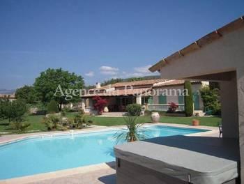 Villa 5 pièces 170 m2
