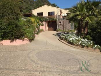 Villa 6 pièces 207 m2